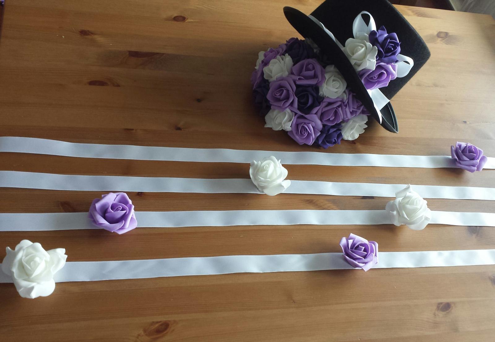 BÍLÁ mašle na zrcátka/kliky fialová květinka - Obrázek č. 2