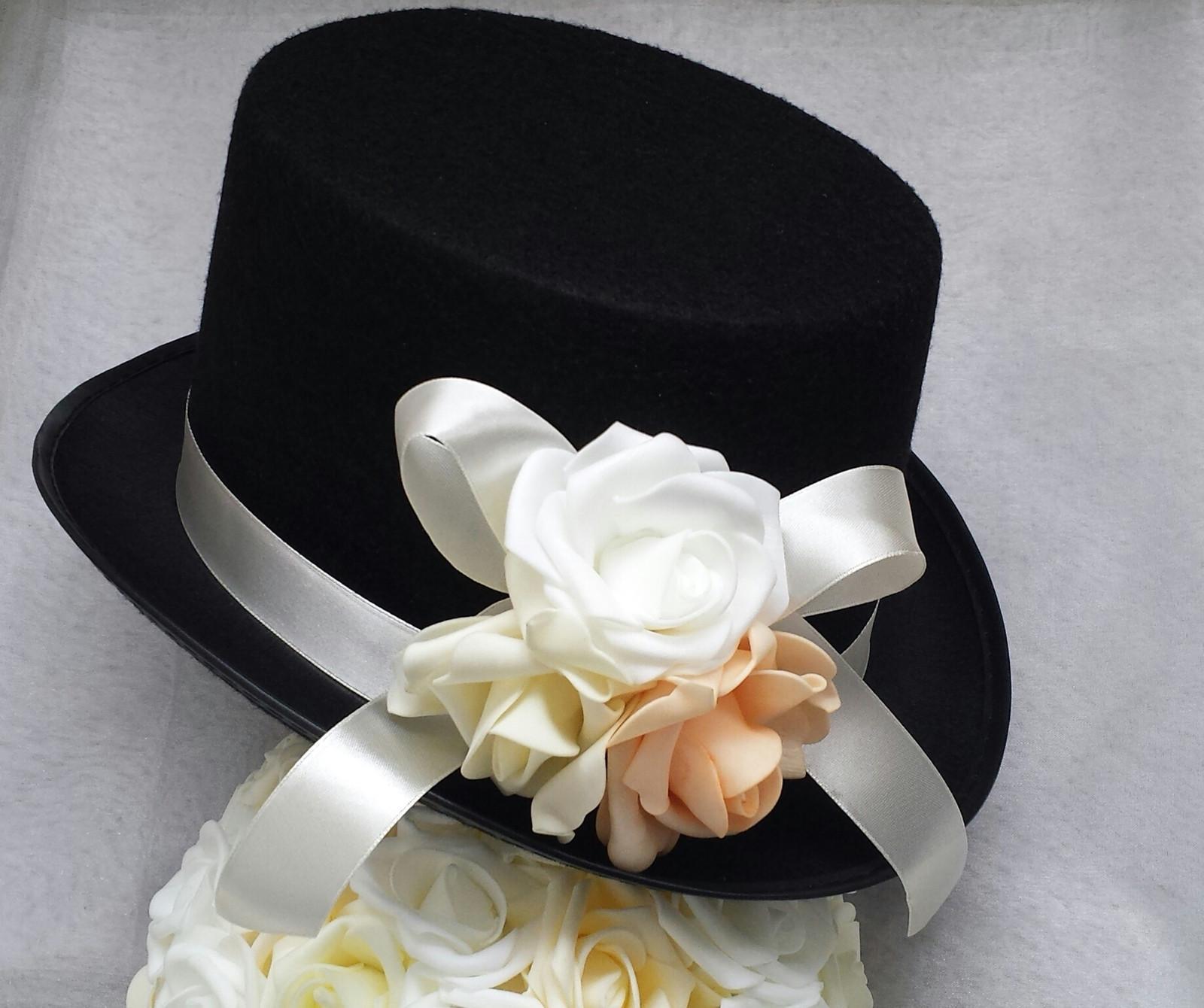 Cylindr na svatební auto - lososová+bílá+ ivory - Obrázek č. 1