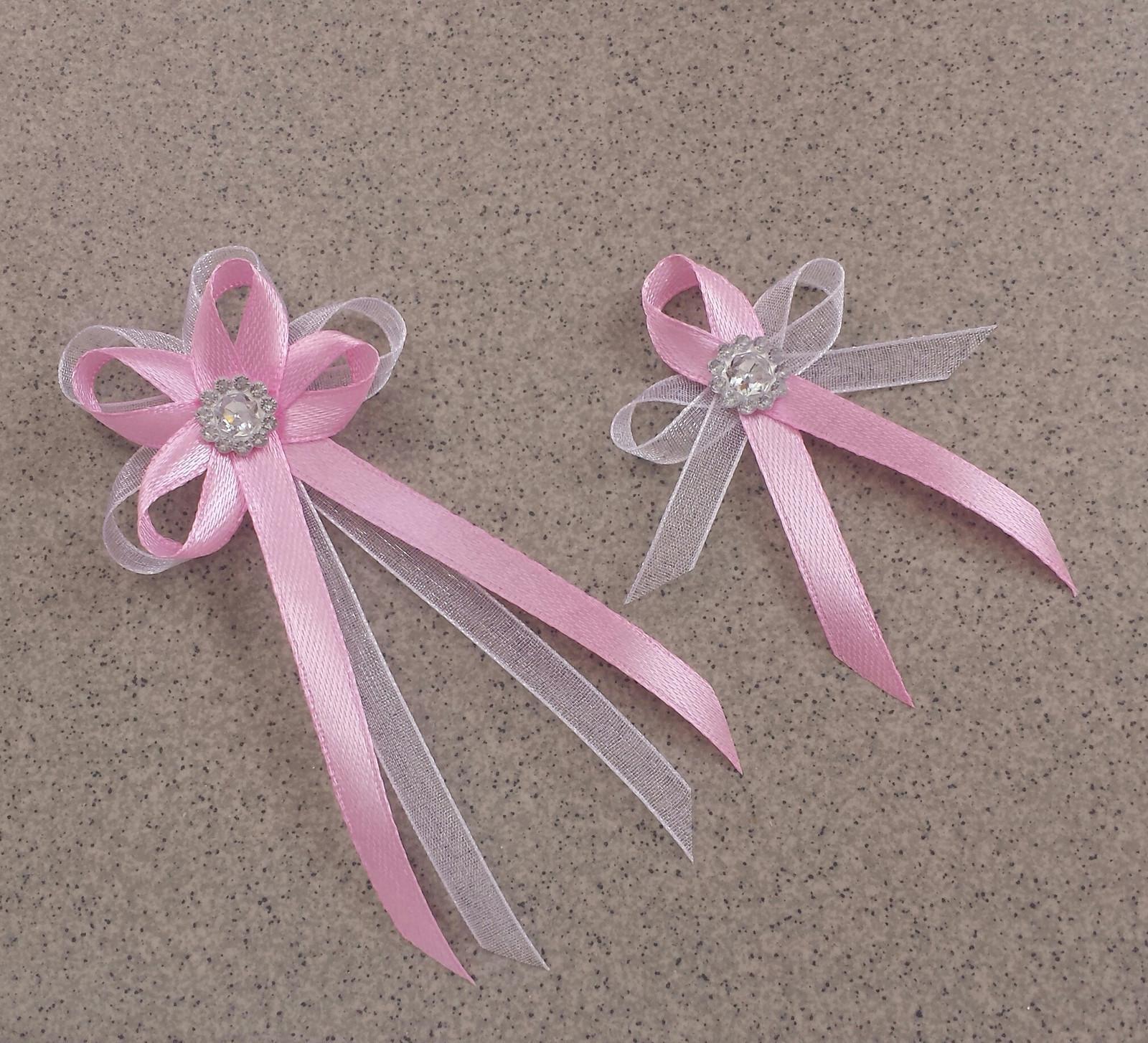 Růžové vývazky s brožičkou - Obrázek č. 1