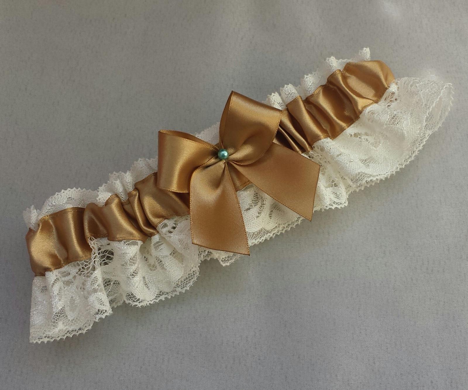 Svatební zlatý podvazek s perličkou - Obrázek č. 1