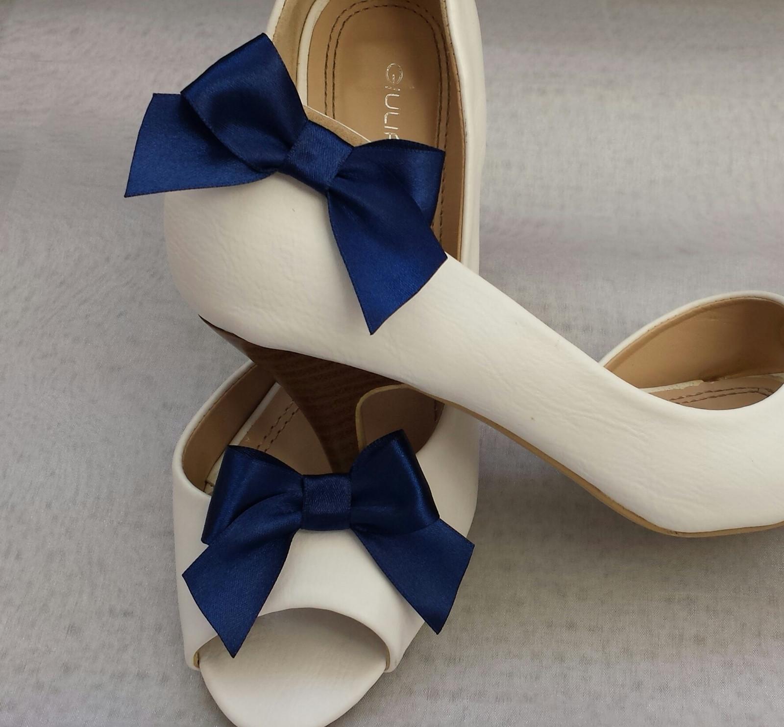 Klipy na boty pro nevěstu s námořnickou mašličkou - Obrázek č. 1