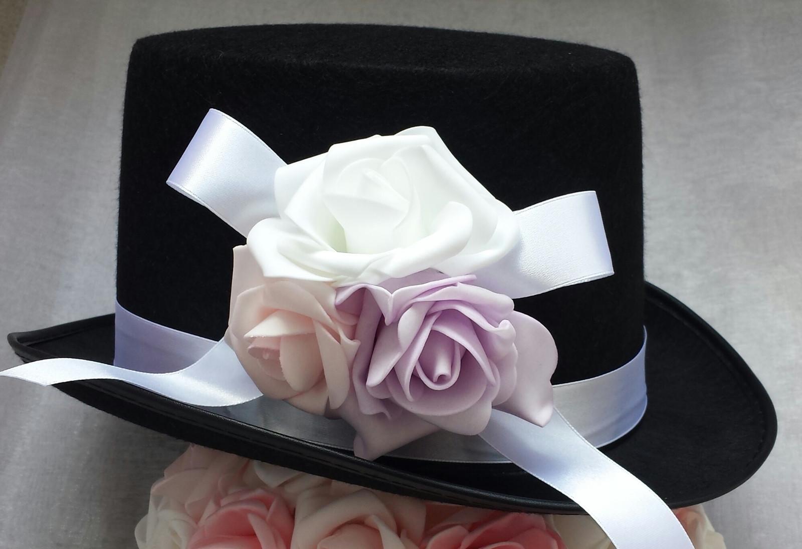 Cylindr na svatební auto - lila/růžová/bílá - Obrázek č. 1