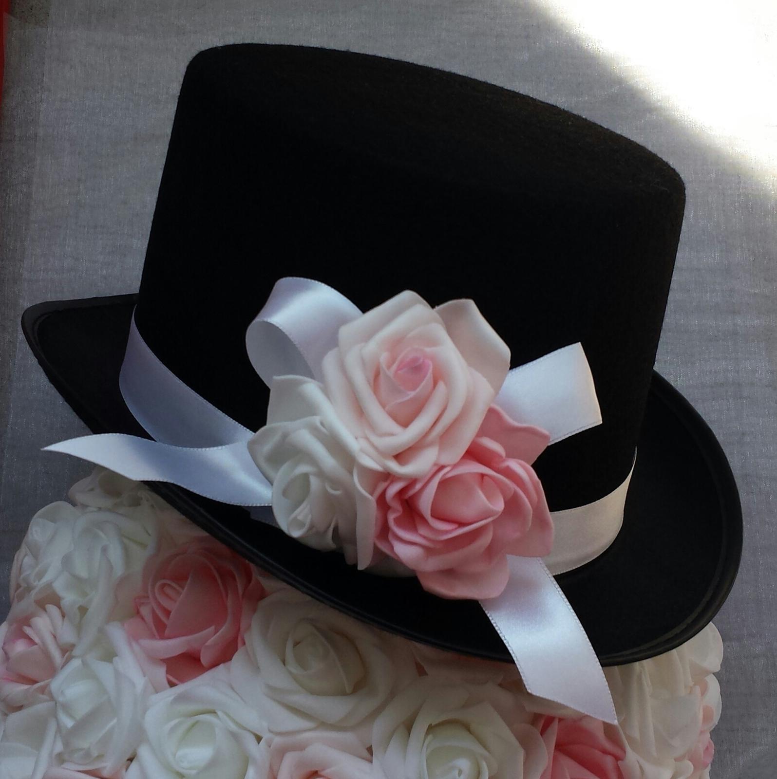 Cylindr na svatební auto - růžová/bílá - Obrázek č. 1