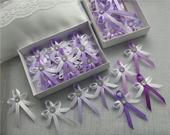 Svetlá lila vývazky s brožičkou,