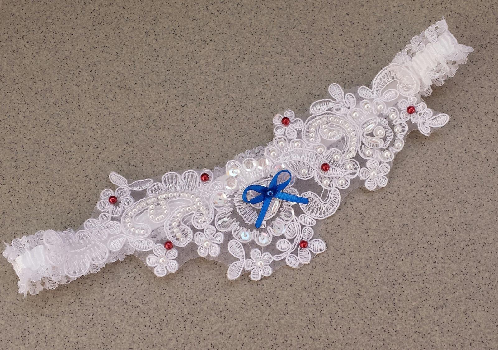LUXUSNÍ bílý podvazek s mašličkou bordó - Obrázek č. 1