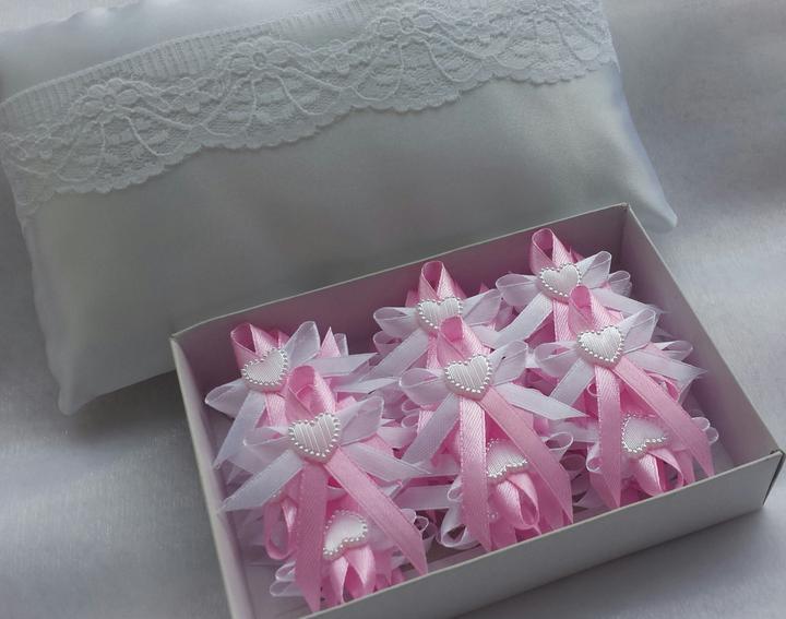 Růžové vývazky s perleťovým srdíčkem - Obrázek č. 1