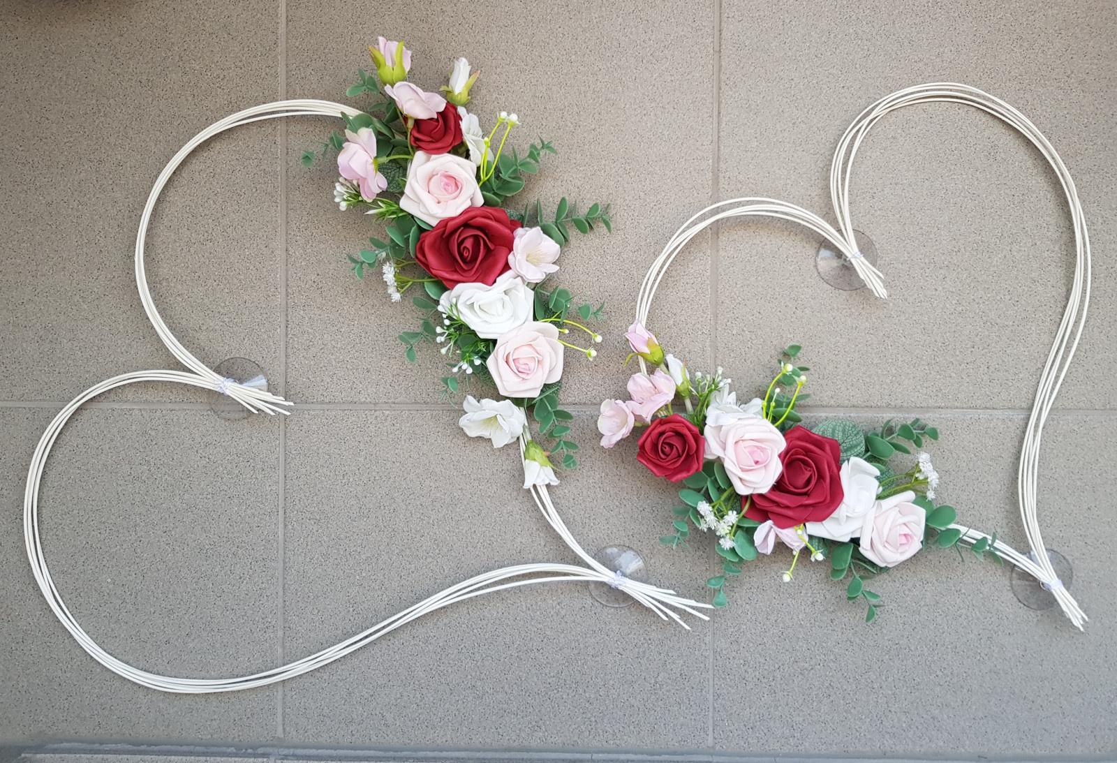 Srdce na kapotu bílá, růžová a bordó - Obrázek č. 1