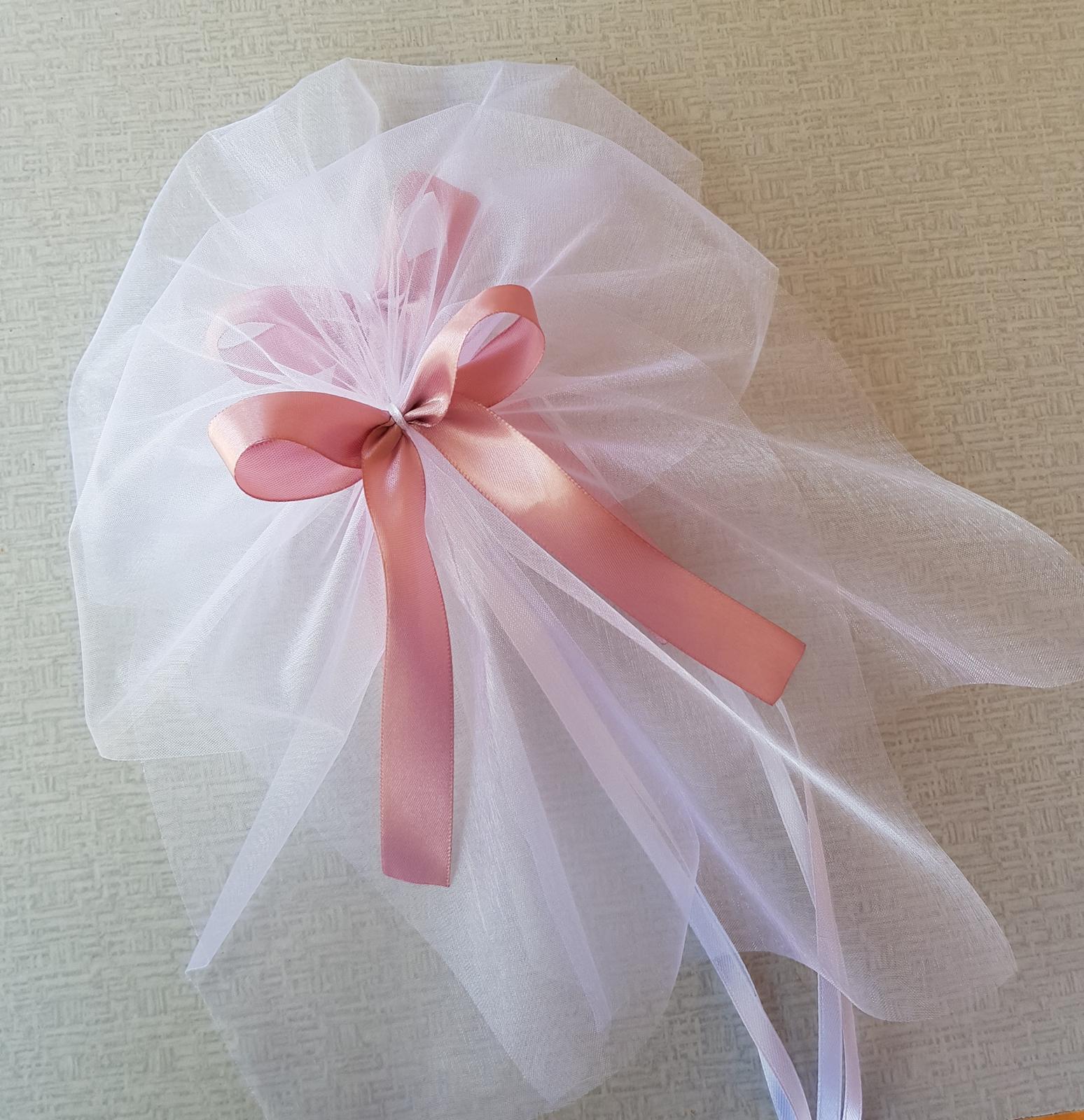 Srdce na kapotu bílá, růžová a starorůžová - Obrázek č. 3