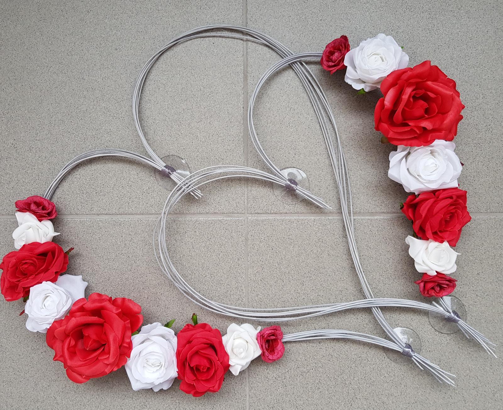 Srdce na kapotu bílá, šedá a červená - Obrázek č. 1