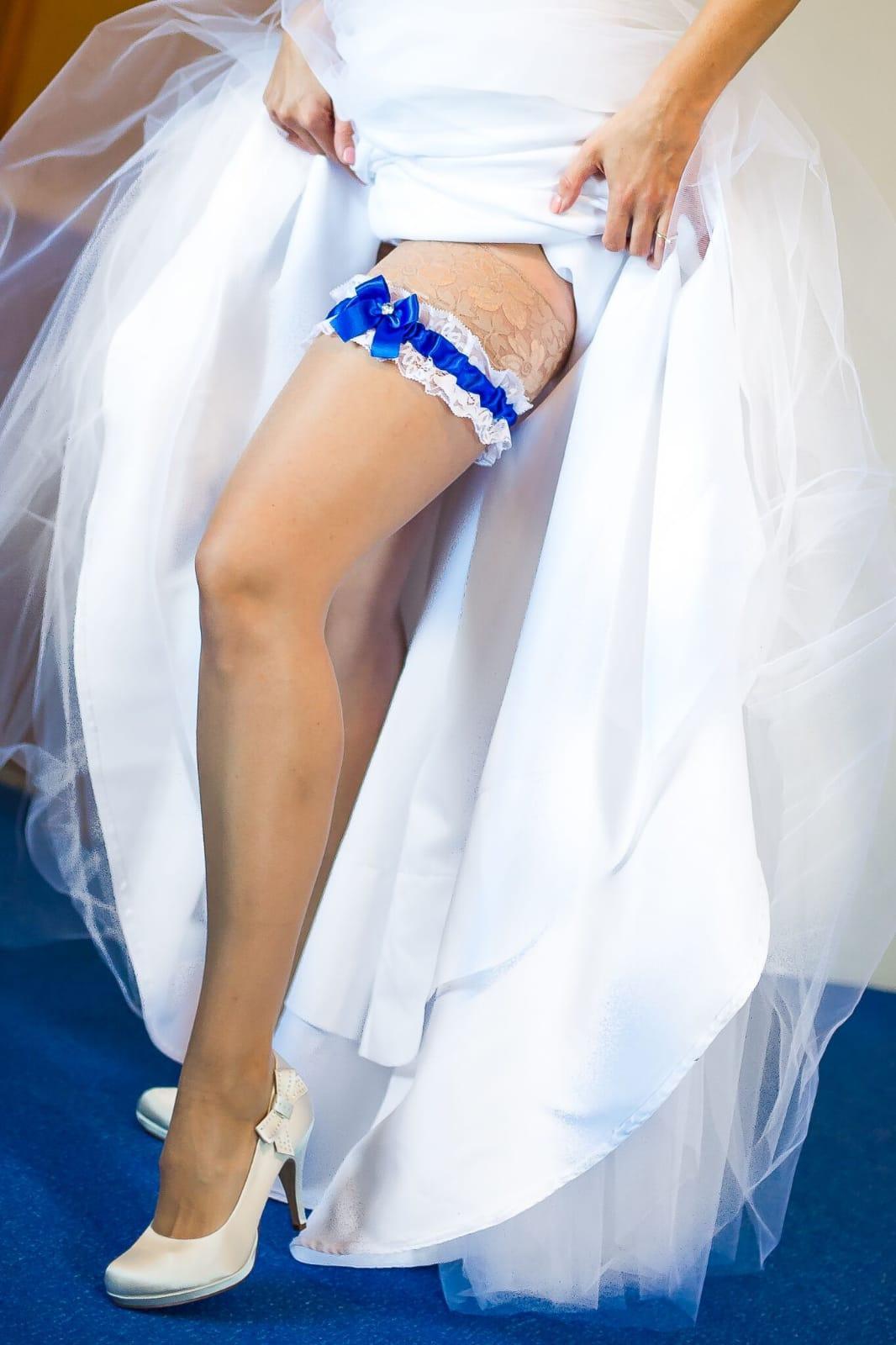 Krajkový královsky modrý SW podvazek - Obrázek č. 1