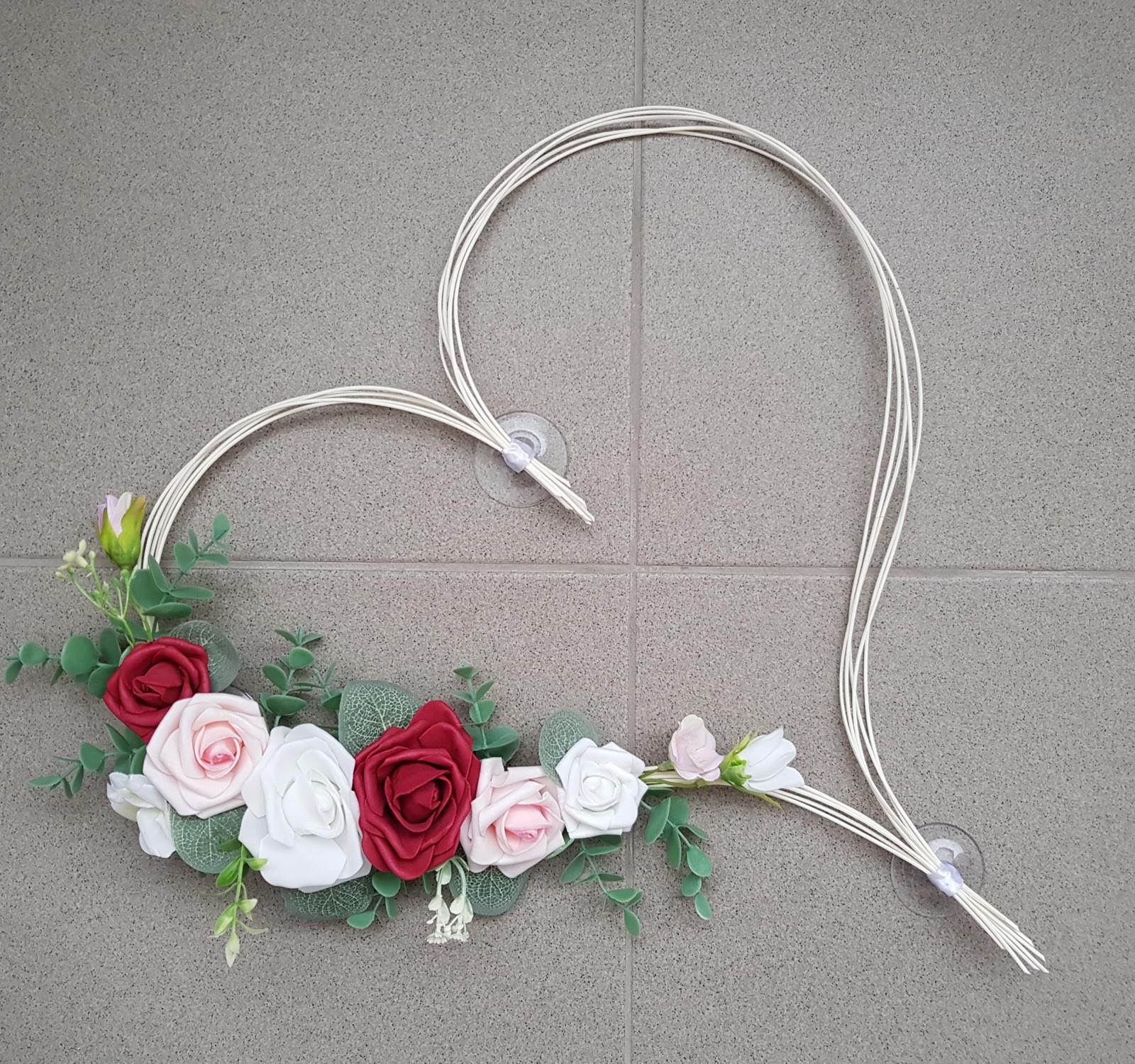 Srdce na kapotu bílá, vínová a růžová - Obrázek č. 1