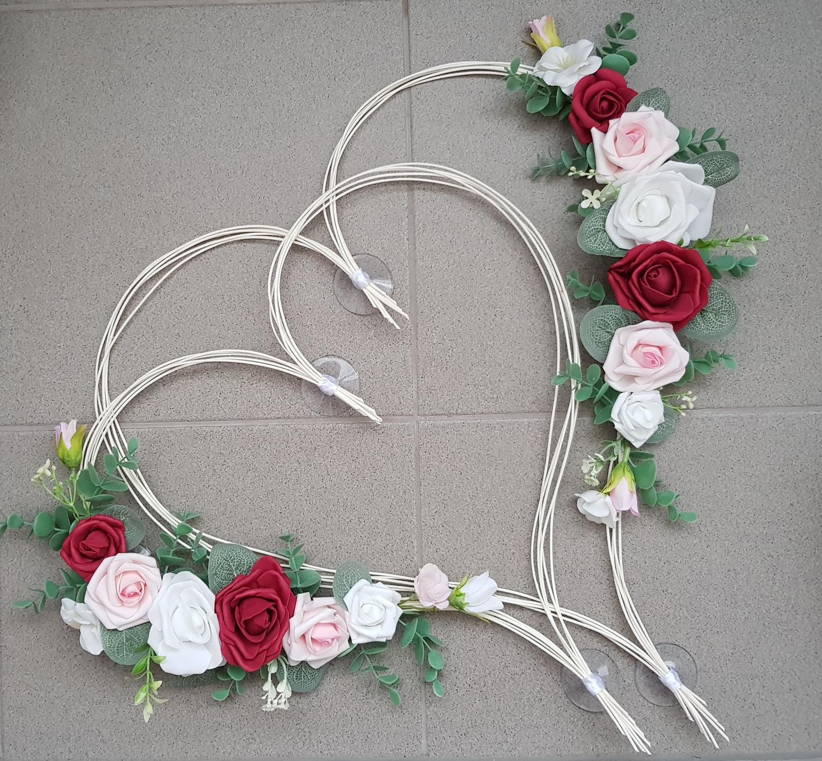 Srdce na kapotu bílá, vínová a růžová - Obrázek č. 3