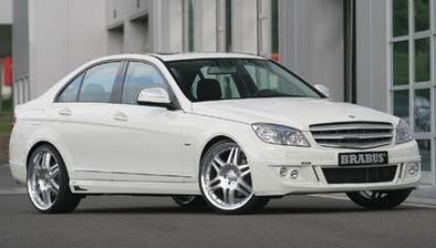 naše svadobné autíčko :))