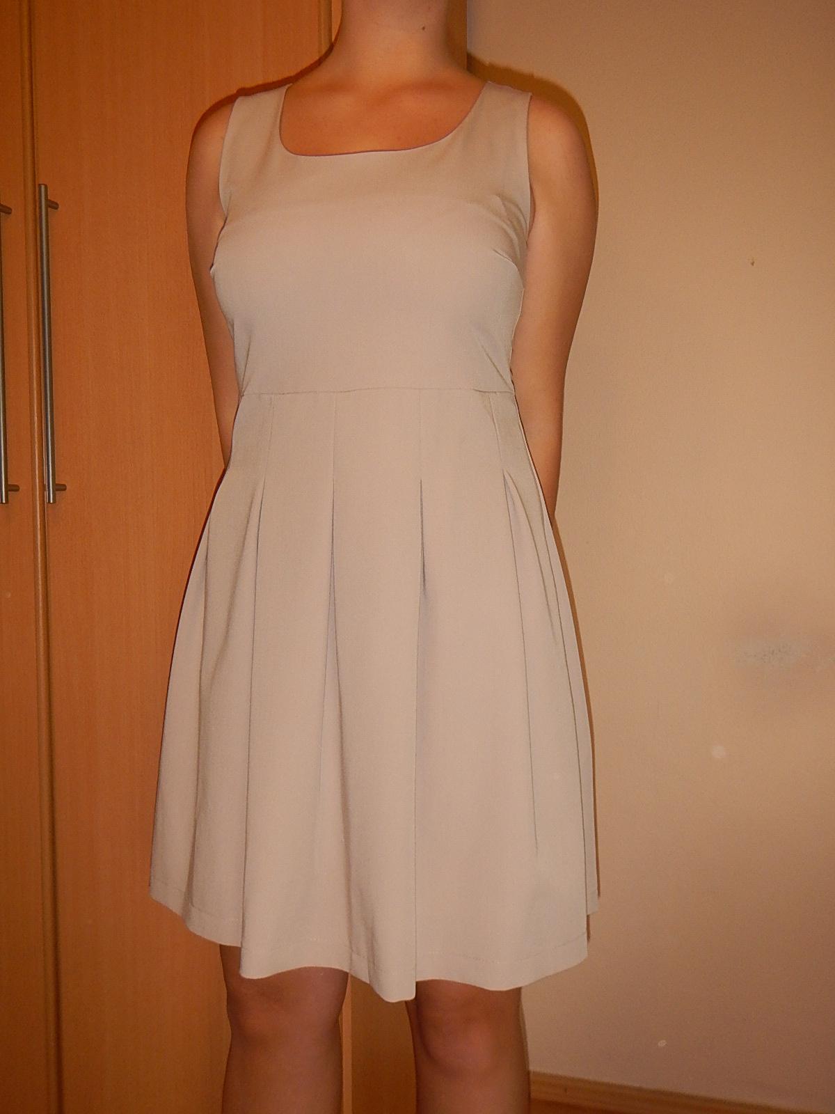 Koktailové šaty - Obrázok č. 2