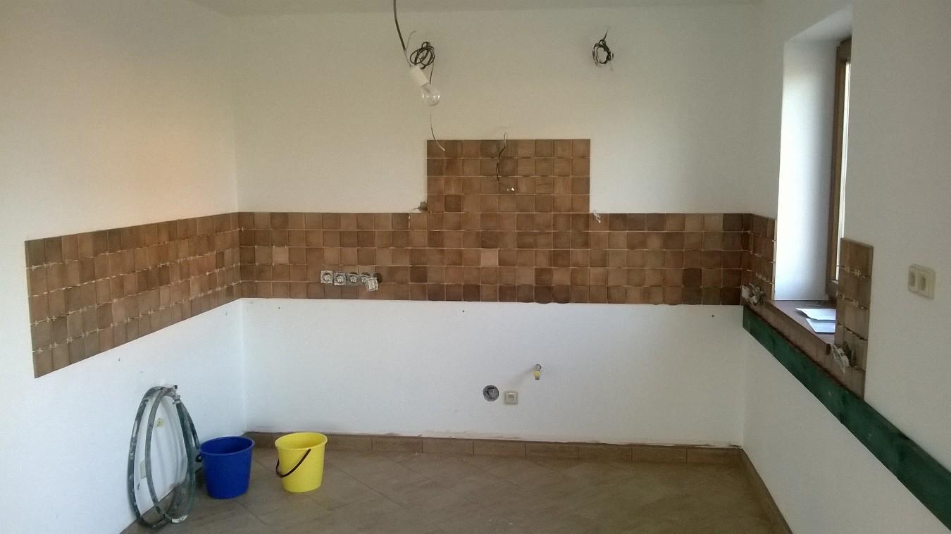 Stavba pasivního domu - Obložení kuchyně.