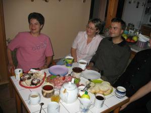 Den po svatbě, snídaně u mojí maminky