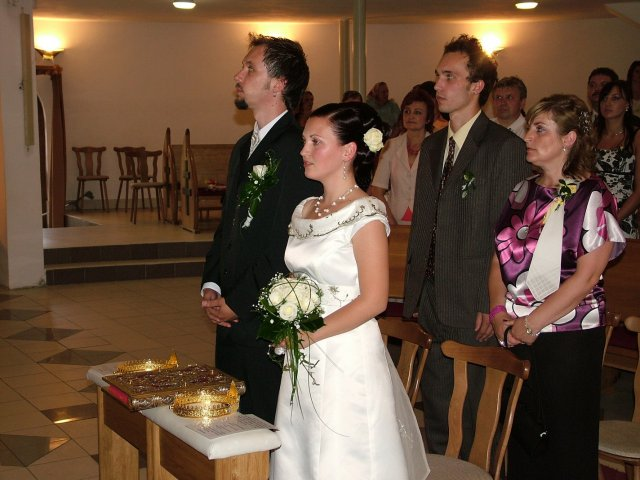 Eliska K.{{_AND_}}Misko F. - foto z kostola