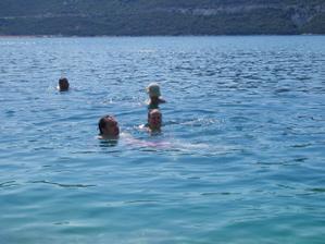 neplanovana svadobna cesta - Neum. naucila som sa plavat :)