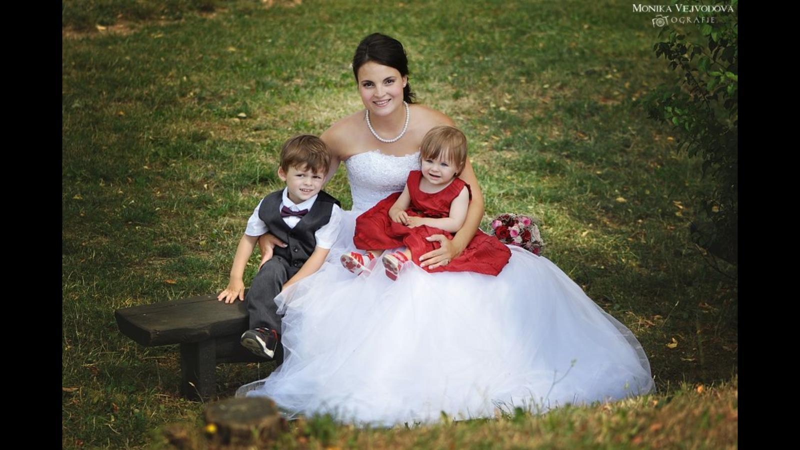 Katka {{_AND_}}Martin - Moje dvě krásné děti:) a to třetí ještě schované...( 21tt)