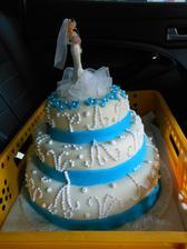 po vyzvednutí - dort v naší tyrkys verzi