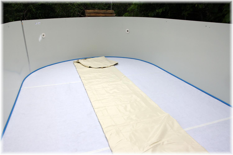 Vlastníma rukama - ze skleníku bazén - a jde se do finále :)