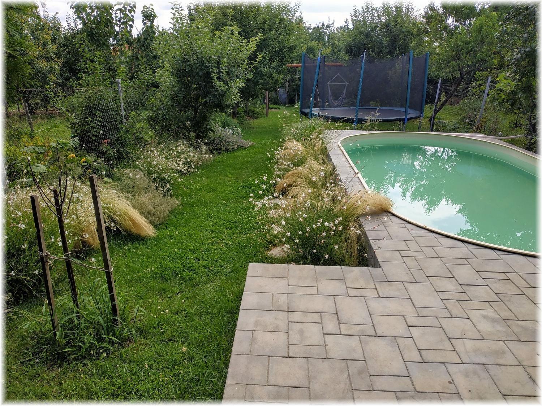 Vlastníma rukama - ze skleníku bazén - Bazén funguje třetí léto a rozhodně se neomrzel...
