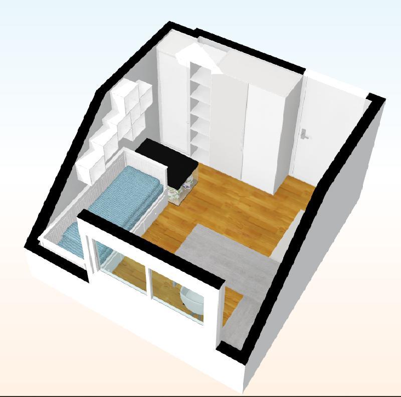 Vymýšlím pokoj pro teenagera a není to zrovna jednoduché. Dětských pokojů je všude mraky, ale ta starší kategorie je nějaká míň častá (asi se to nedá reprezentativně vyfotit ;-) ) Takže máte někdo fotku pokoje vašich teenagerů? Potřebovala bych vidět kolik mají úložných prostorů a jak velkou a jak rozvrženou mají šatní skříň (a jestli jim to tak stačí) Dceřin pokojík je trochu komplikovaný - je dost malý, má hodně nízký strop a navíc dvě šikminy. Musí se tam vejít dcera, králík a všechny jejich věci :D Mám dva návrhy, jeden můj, druhý dceřin a budu ráda za každou připomínku. 1. Rovná skříň na oblečení a asi i další věci. Buď 3x 60 cm, nebo 4x 45 cm (mám ráda vysoké úzké skříně) vždy jedna by byla na věci na ramínka a dvě policové. Problém je, že kvůli králičí kleci (i  kdyby byla nakonec otočená o 90°) by nešla krajní úplně otevřít, ale mohla by mít dělené dveře a spodní část by byla na věci, kam se moc nechodí a že 45 cm na ramínka se mi zdá dost málo i kdyby byly dvě tyče nad sebou. U stolu by pak mohly být skříňky nebo další šuplíky nebo otevřená police s boxy a to je další, s čím potřebuju poradit - co vám přijde pro puboše praktičtější na různé krámy? 2. Dceřin návrh - Rohová šatní skříň - ramínka by byla v té kratší straně (byla by bez zásuvek a jen jednodveřová), police v té delší, ta by vycházela jen dvoudveřová aby byly dveře stejně široké). Na oblečení v pohodě, ale myslím, že moc jiných věcí by se tam dceři nevešlo. Ani králičí klec u dveří mi moc nesedí. Nebo myslíte, že taková skříň pojme všechen majetek puberťáka? Dcera toho teď zas tolik nemá, většinu hraček jsme vyřadily, pár si nechala z citových důvodů a pak už jen spoustu různých výtvarných a školních potřeb, dost knížek, nějaké drobnosti. Ani toho oblečení zas tolik nemá, ale to je zčásti covidem. ze všeho vyrostla a stačilo jí pár legín a triček :D Postel má Flekke z IKEA https://www.ikea.com/cz/cs/p/flekke-ram-rozkl-pohovky-2-zasuvky-bila-00320134/ a na umístění stolu do prostoru dcera trvá, ab