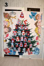holky dokončeno, dětem do školky odneseno, v pondělí jim vánoční hra startuje, v kapsách úkoly a sladkosti, některé se nevešly na dalším fotu pak realita ze školy, byl to krásný pocit když děti hulákaly radosti
