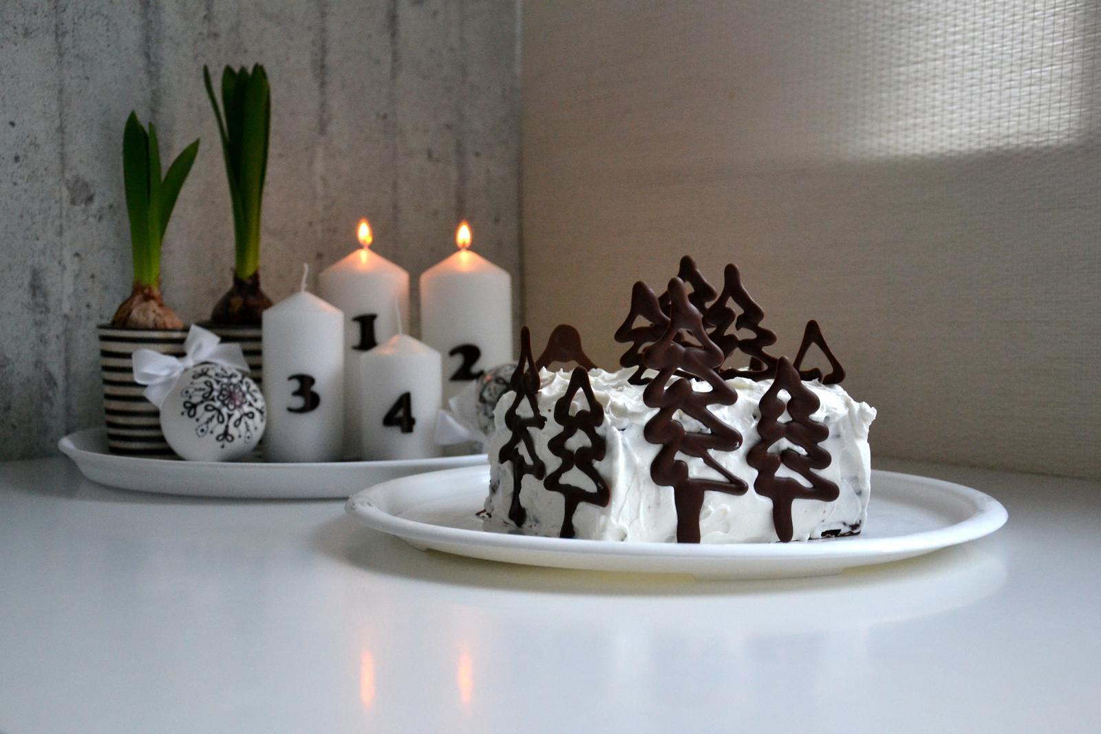Kreativní pokusy od nás - Mikulášský dortík zmizel, tak rychle, že jsem ani pořádně nefotla :-) na blog