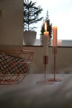 Svícny z jysku mi krásně doplnily mísu z kiku....někdy nemusí být věci drahé, aby byly hezké