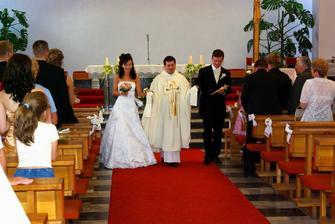 ďakujeme Mišovi, ktorý nádherne zahral svadobný pochod