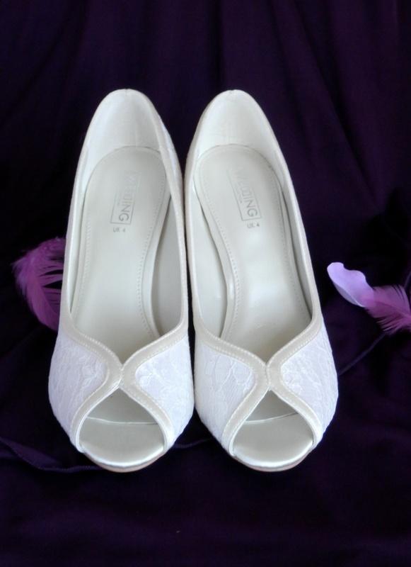 Svatební boty, bižuterie, závoje, dekorace - Obrázek č. 2