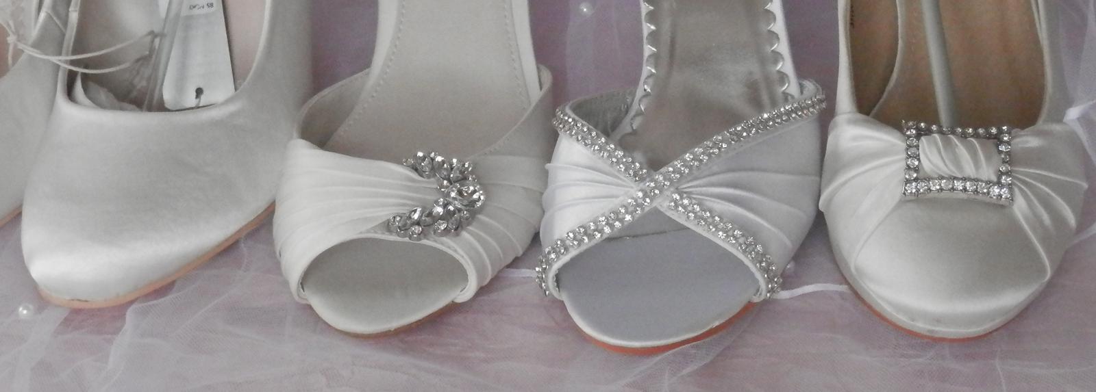 Svatební botičky s broží vel.40 - Obrázek č. 4