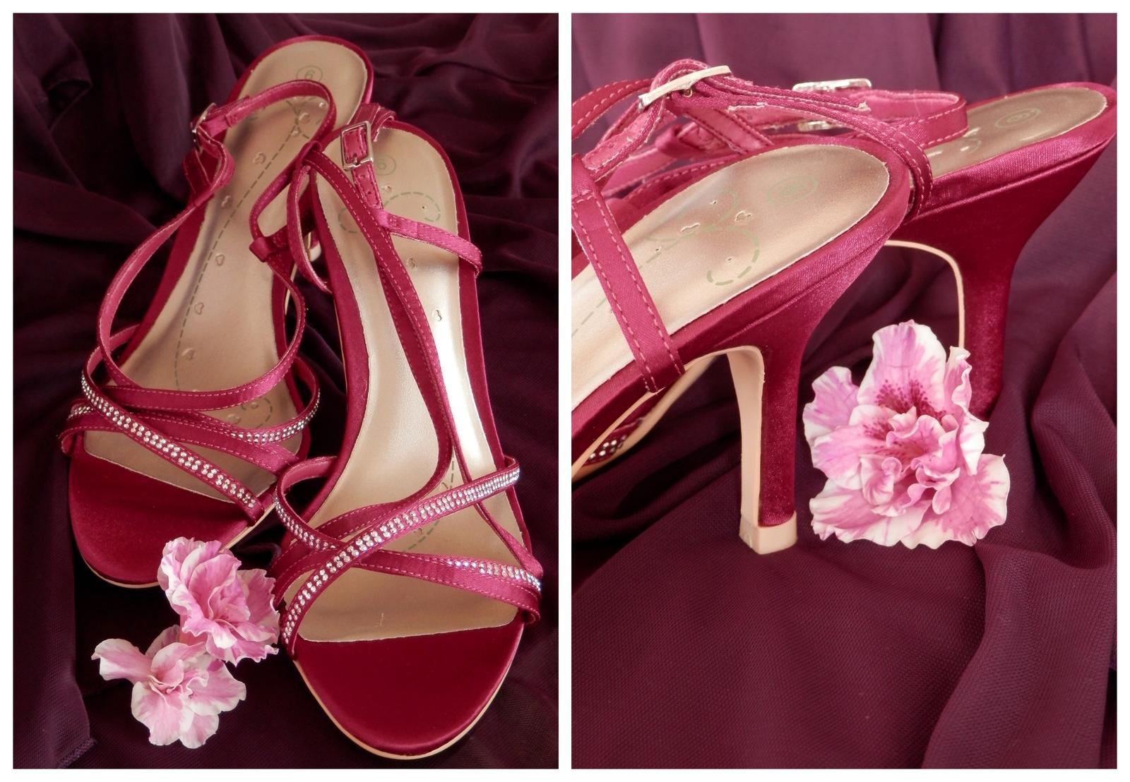 Fuchsiové sandály - doprodej - Obrázek č. 1