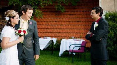 Svědek si dovolil uzmout si nevěstu pro sebe! :))
