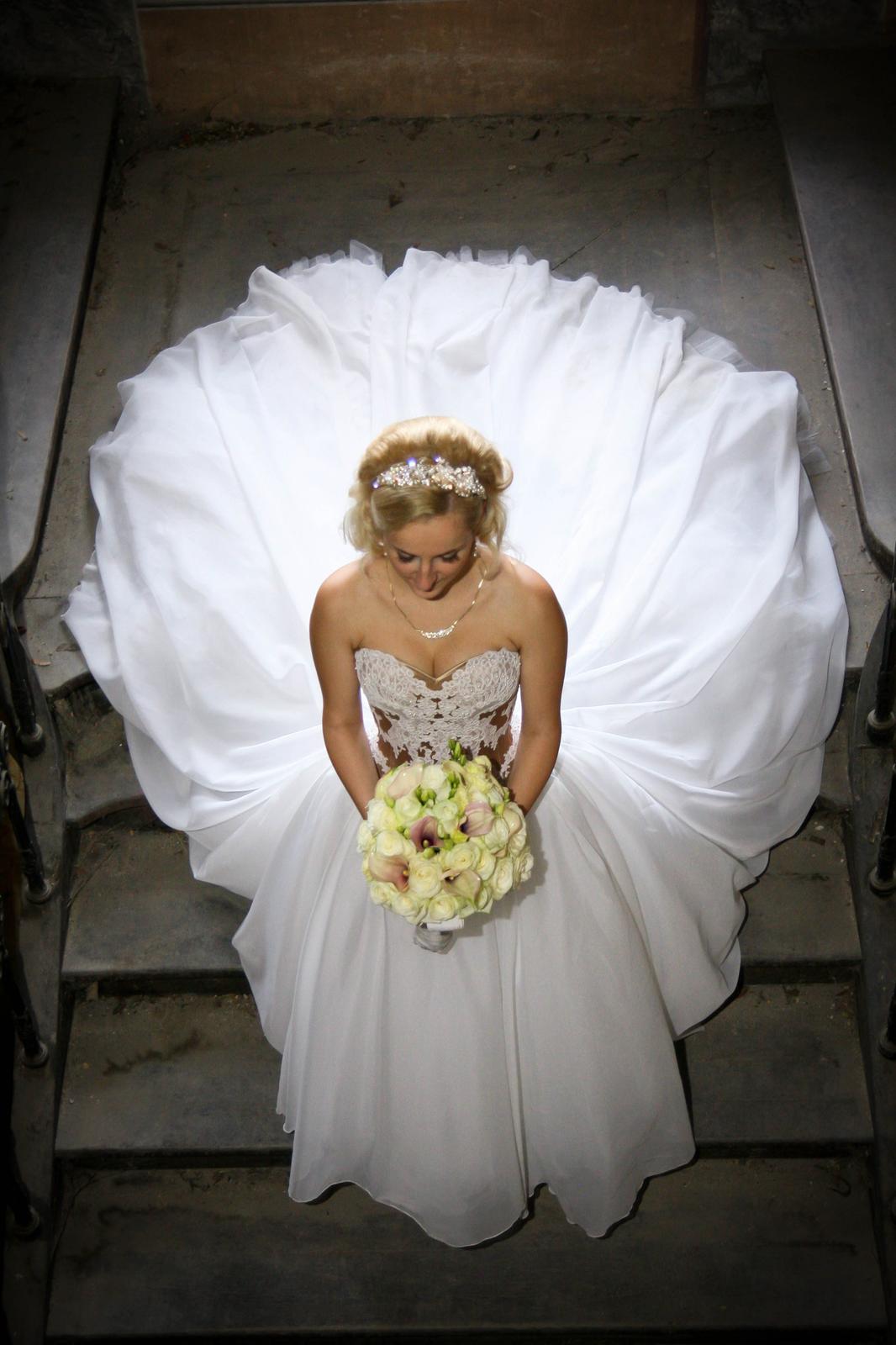 Luxusné svadobné šaty-Zľava - Obrázok č. 1