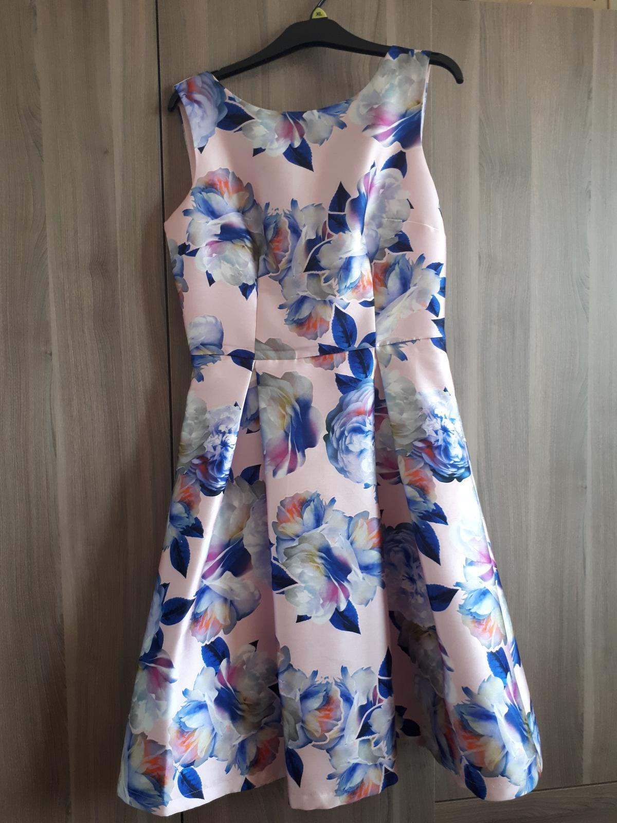 Spoločenské šaty Chi Chi London - Obrázok č. 1