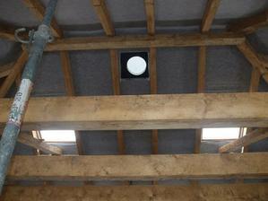 20 - svetlovod, strešné okná 21.12.2009