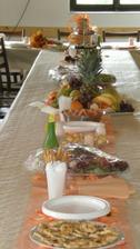 Svatební stůl před příjezdem