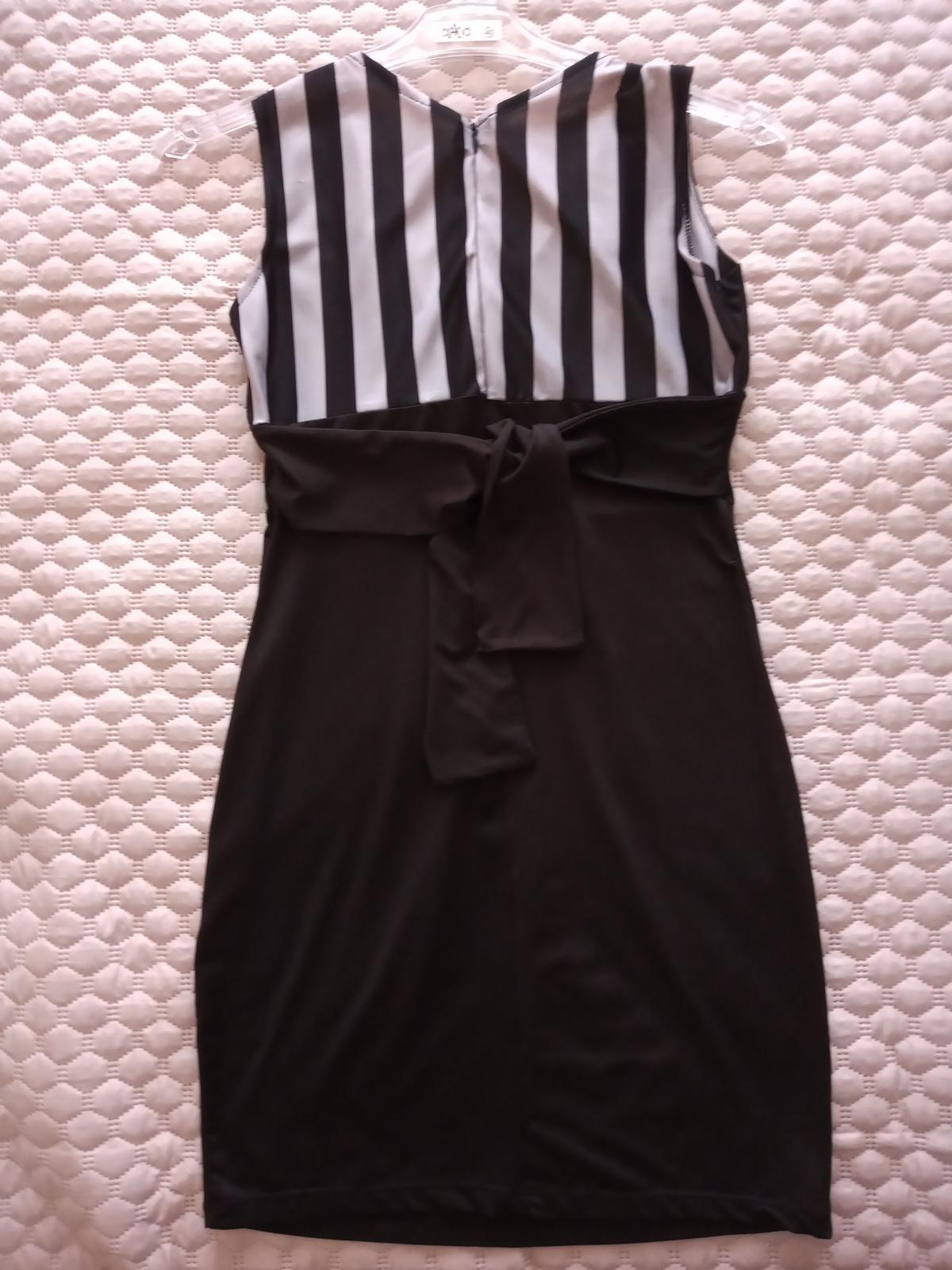 Čierne šaty veľkosť XS / S - Obrázok č. 2