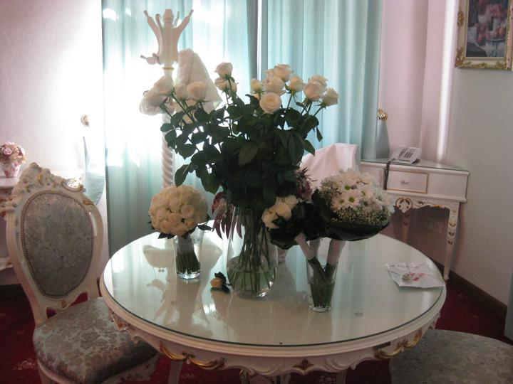 Kristýna{{_AND_}}Milan - bílé růže... ach :-)
