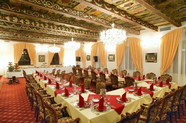 Album příprav - inspirace - sál pro hostinu