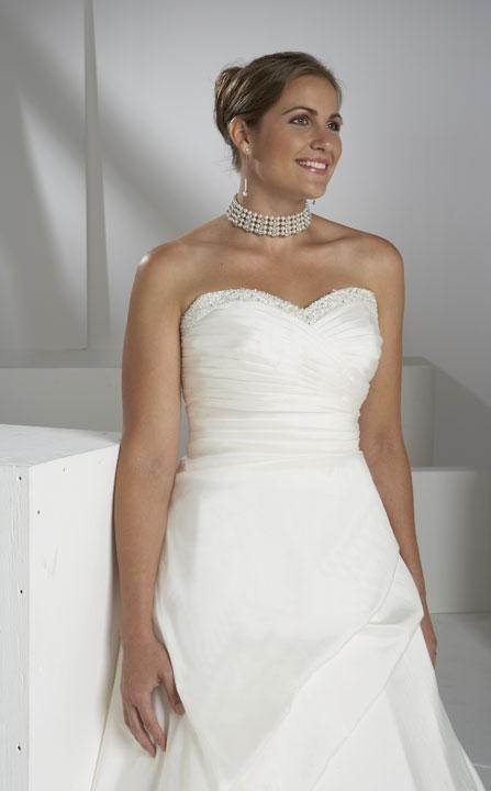 Plus size bride :o) - Obrázek č. 44
