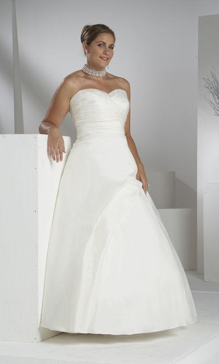 Plus size bride :o) - Obrázek č. 43
