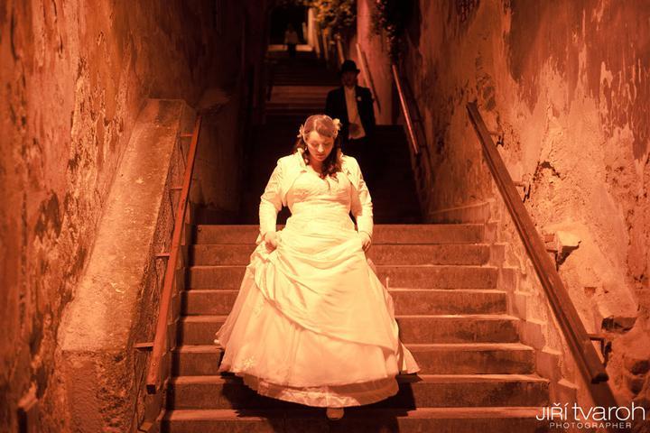 Kristýna{{_AND_}}Milan - v pozadí mě pronásleduje ženich