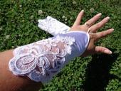 Ivory rukavičky s krajkou,