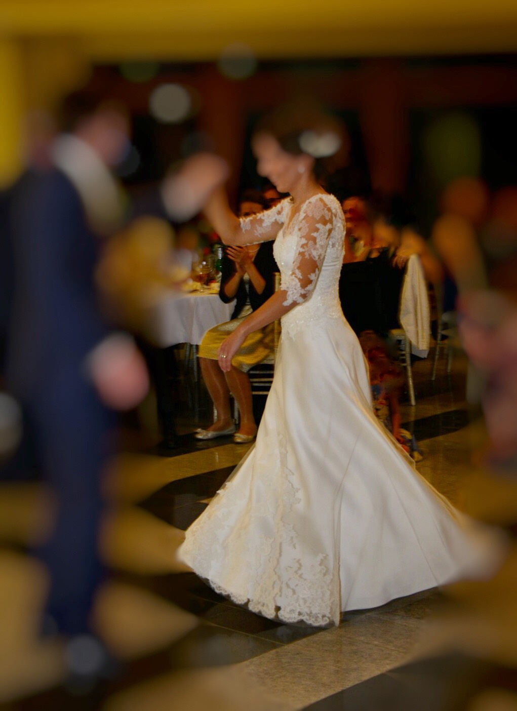 svadobné šaty od známej návrhárky - Obrázok č. 2