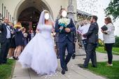 Luxusní svatební šaty , 38
