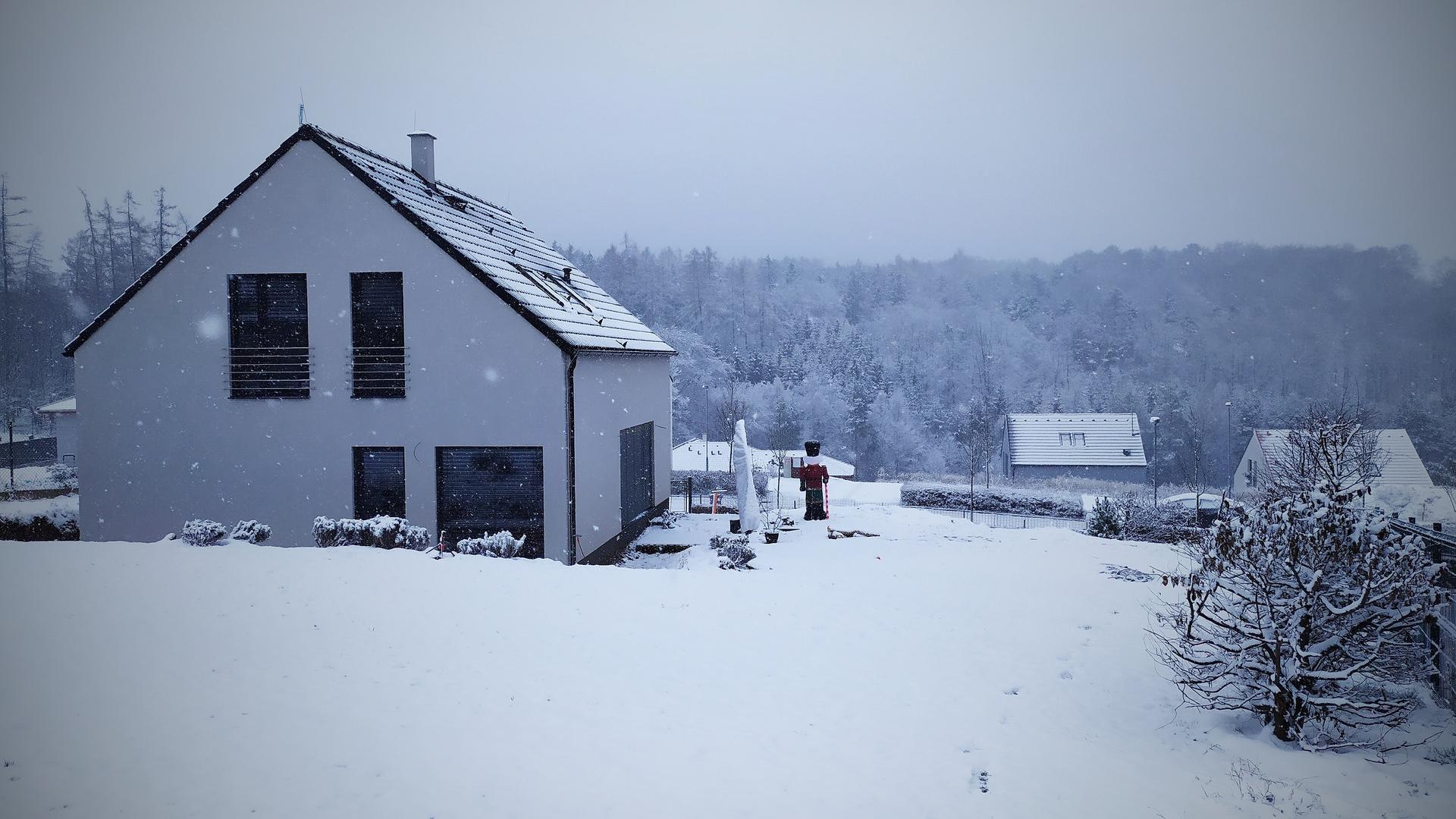 Náš domov ve svahu - zimní království