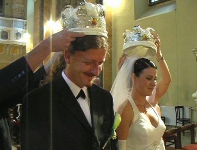 Katarína{{_AND_}}Peter - koruny sú súčasťou východného obradu